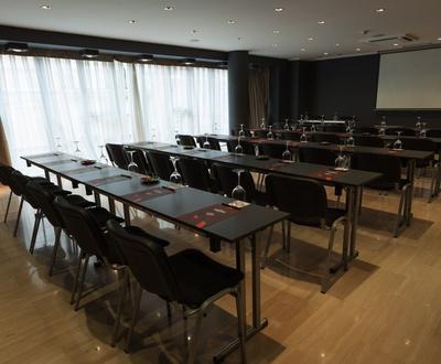 Sala de reuniones Hotel Conqueridor