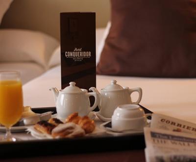 Servicio de habitaciones Hotel Conqueridor